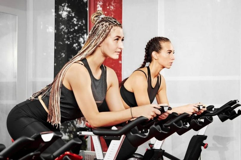 Which Burns More Calories Elliptical or Stationary Bike